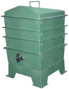 VermiTek-vermihut-stacking-worm-bin