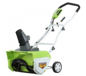 GreenWorks 26032 Corded Snow Thrower